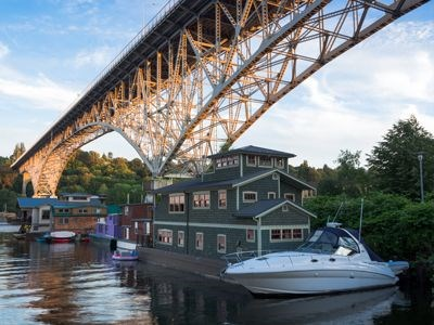 Houseboats and small craft on the waterways of Seattle.