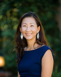 Photo of Jennifer L. Koh